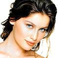 Летисия Каста вечеря в центъра на София, актьора Туре Линдхарт е другата звезда в Островът