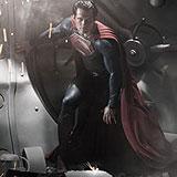 """Първа официална снимка на Хенри Кавил като Супермен от филма """"Man of Steel"""""""