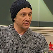 Деян Донков иска деца от Радина