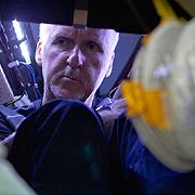 Джеймс Камерън: Пътешествие до дъното на Земята на 13-ти май от 22:50 по National Geographic