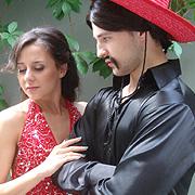 Ангел и Дорина са герои в латино сериал