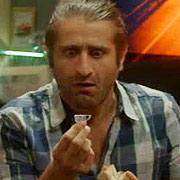 """Коцето сключва сделка с """"дявола"""" - в следващия епизод на """"Домашен арест"""" този петък от 20:30 часа по bTV"""