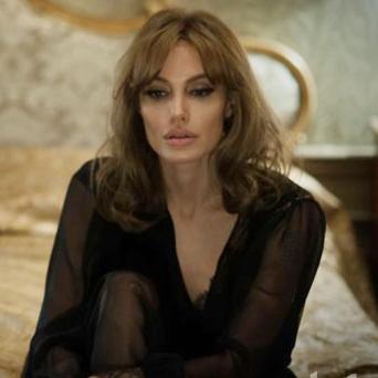 """Анджелина за режисирането на Брад: """"Беше трудно"""""""