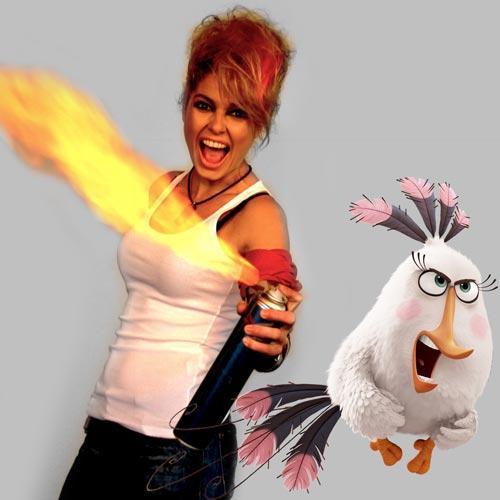 """Александра Сърчаджиева ще озвучава Матилда в  хитова 3D анимация """"Angry Birds: Филмът"""""""