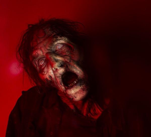 Силна премиера на сезон 7 на Живите мъртви