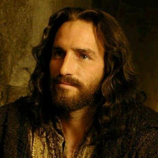 """Джим Кавийзъл отново ще е Исус в продължението на """"Страстите Христови"""""""