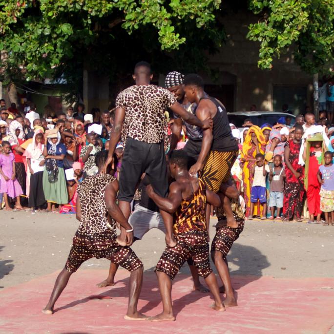 Филмова среща с цирк  от Етиопия в Дома на киното
