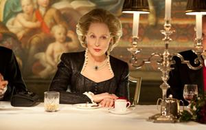 """Очаквано, Мерил Стрийп е сред актрисите, номинирани за главна женска роля за превъплъщението си в бившия министър-председател на Великобритания – Маргарет Тачър, в биографичния филм """"Желязната лейди""""."""
