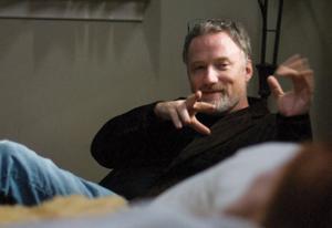 """Дейвид Финчър отново ще адаптира книга за големия екран, като този път филмът ще е базиран на """"Gone girl"""" от Джилиан Флин."""