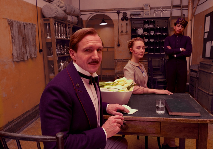 Ема Стоун и Ралф Файнс в кулинарна хорър комедия